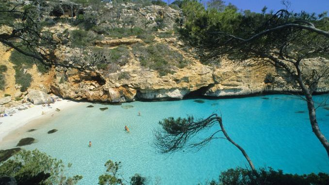 Las 10 mejores calas de España para ir en Verano